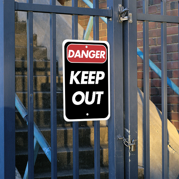 Mounted Vertical Danger Keep Out Sign