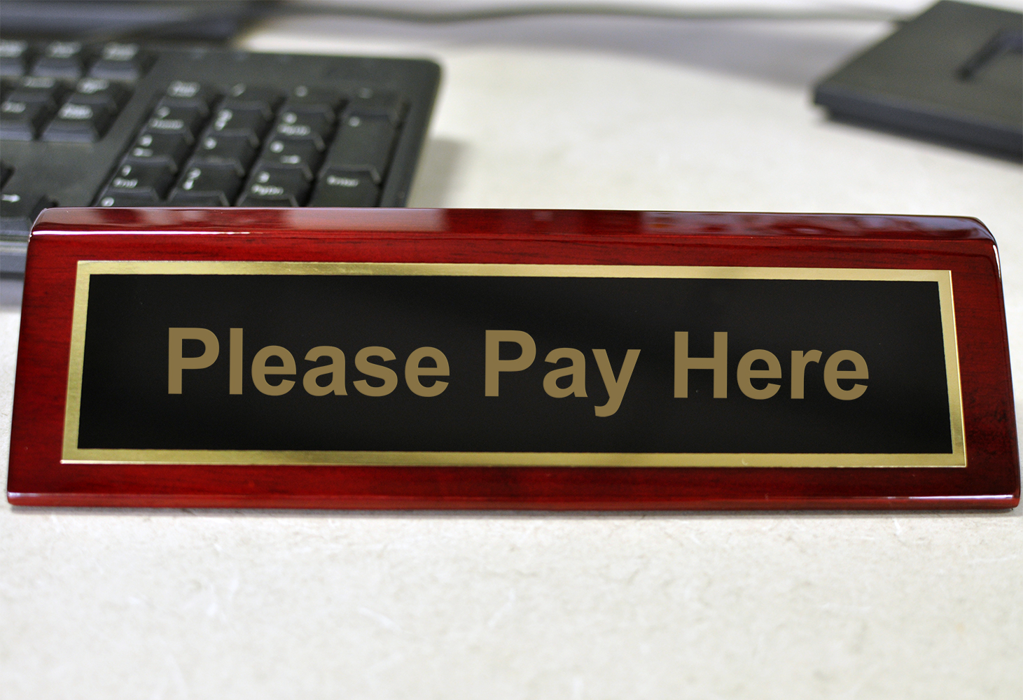 Rosewood Desk Plate Please Pay Here
